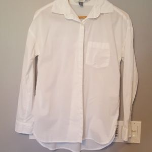 White old navy boyfriend button up